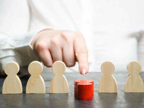 How to Identify the Qualities of a Bad Leader